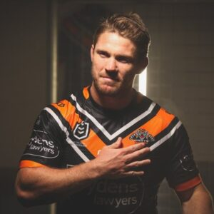 Lawrence, Marshall to play 250th games for Wests Tigers
